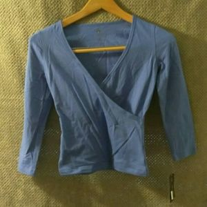 New energie Sz S, blue faux wrap top